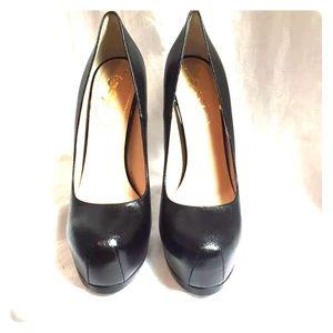 Yves Saint Laurent Tribtoo 105 black heels